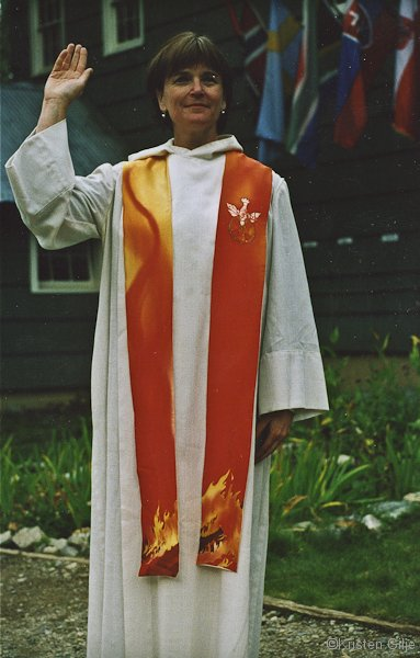 ©Kristen Gilje, Pentecost Forest Fire Stole, hand painted silk.